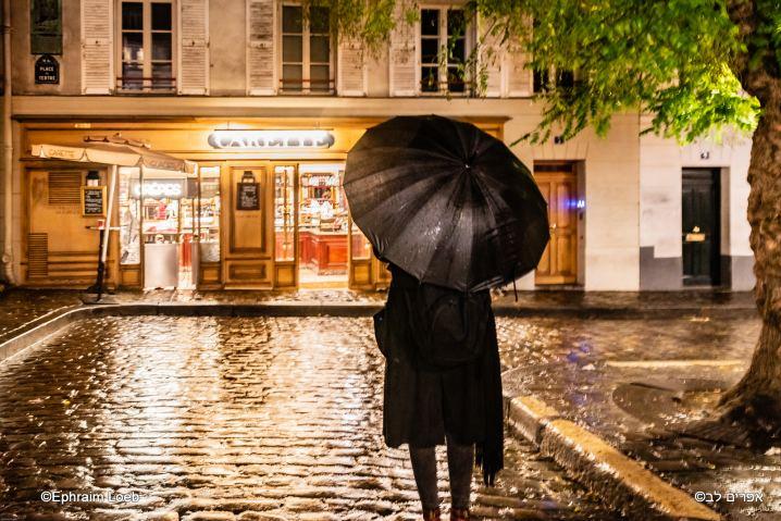 Le parapluie de Montmartre © Ephraim Loeb